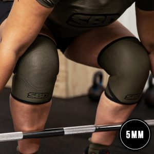 SBD-Endure-weightlifting-knee-sleeves-5mm-Green-w-Black-Winter-2020-01
